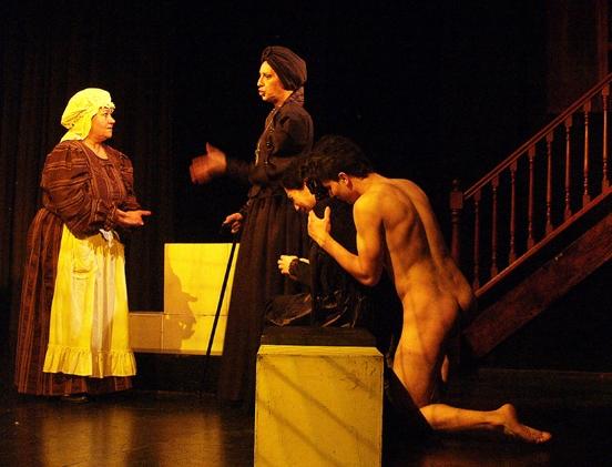 Primeira peça de teatro para nudistas