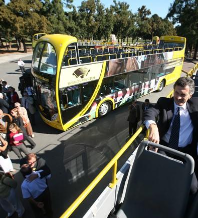 bus-omnibus-turistico-buenos-aires-argentina